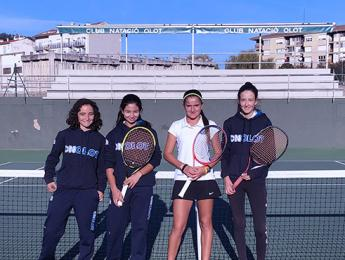 Cap de setmana intents per la secció de tennis i les seves categories