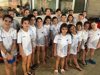 Els benjamins i prebenjamins competeixen en la 2a lliga individual i per equips al Club Natació Vic-ETB