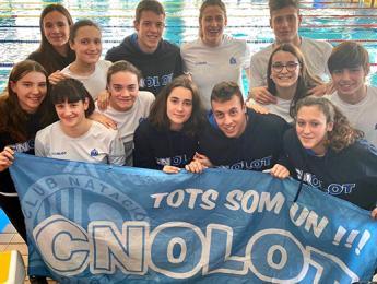 Els nedadors i nedadores del CN Olot tornen amb diverses medalles i mínimes dels Campionats de Catalunya de fons indoor i absolut