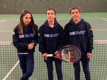 Jornada positiva pels equips de tennis del Club Natació Olot a la Lliga Catalana