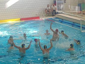 Àmplia victòria del CN Olot (juvenil) contra el BIWPA CN Sant Feliu B