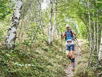 Participació dels atletes del Club Natació Olot a la cursa trail Entrevalls al Ripollès