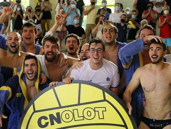 El primer equip de waterpolo del CN Olot aconsegueix el seu objectiu i arriba a la 1a Divisió Catalana