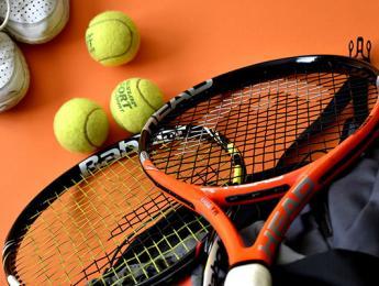 Derrota de l'equip absolut de tennis del Club Natació Olot a les semifinals del Campionat de Catalunya