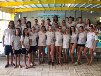 Bones sensacions pels nedadors del CNO en el primer Fons i Estils