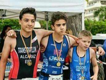 Bones classificacions pels triatletes del CNO en el VI Triatló Infantil Vila de Sitges