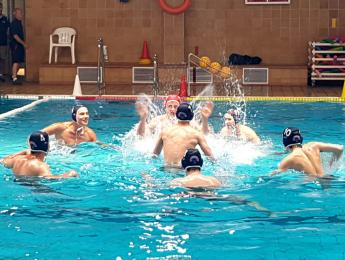 Els cadets de waterpolo tanquen la temporada amb una derrota contra el campió de la lliga
